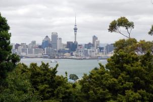 Blick auf die Skyline von Auckland vom Mount Victoria in Devonport