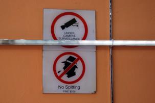 Singapur - No Spitting!