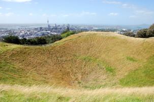 Mount Eden - Vulkankrater und Skyline von Auckland