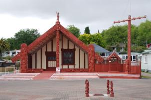 Rotorua - Versammlungshaus in Ohinemutu