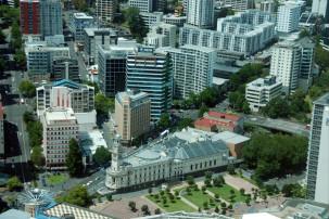 Sky TAussicht vom Sky Tower auf Aucklandower in Auckland