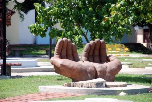 Parque de la Esculturas in Cienfuegos