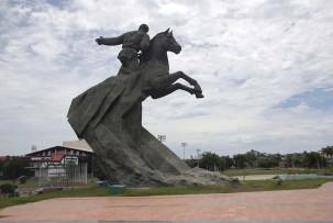 santiago-de-cuba-plaza-03